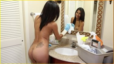 big booty college bitch having a real orgasm with neighbor