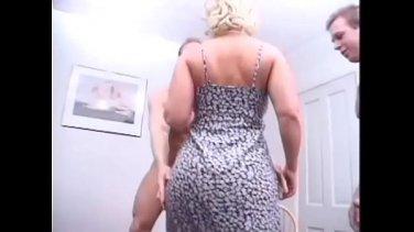 Swarthy exotic babe Zaya Cassidy in home POV porn